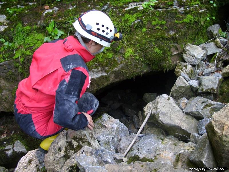 Soğucak Mağarası Girişi
